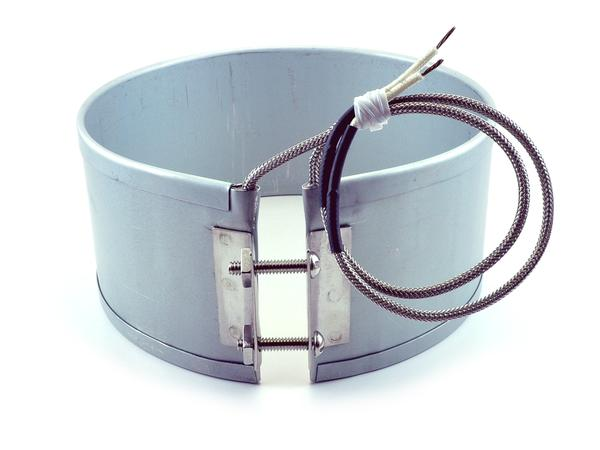 Band Heater With Flange Lockup